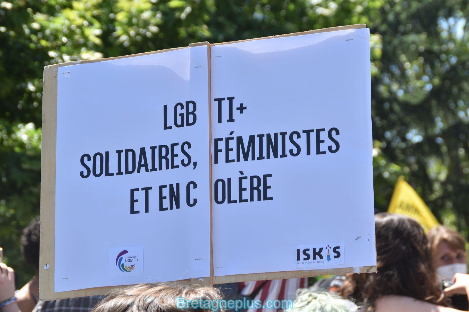 5 000 personnes présentes à la Marche des Fiertés LGBT de Rennes 2021