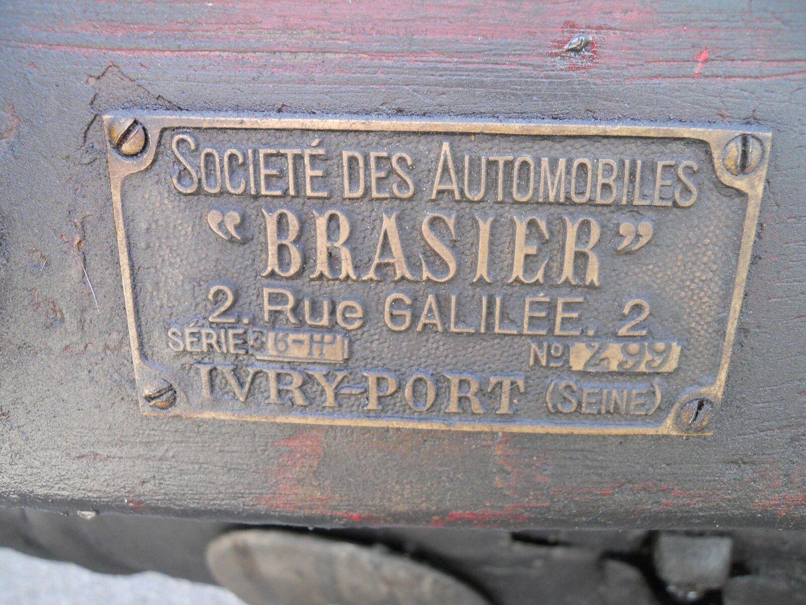 AUTOMOBILE FRASIER - Jean-Pierre adresse une petite question aux SOUPAPES AVIGNONNAISES
