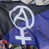 Rien n'est jamais acquis aux femmes ni leur liberté ni leurs droits - Socialisme libertaire