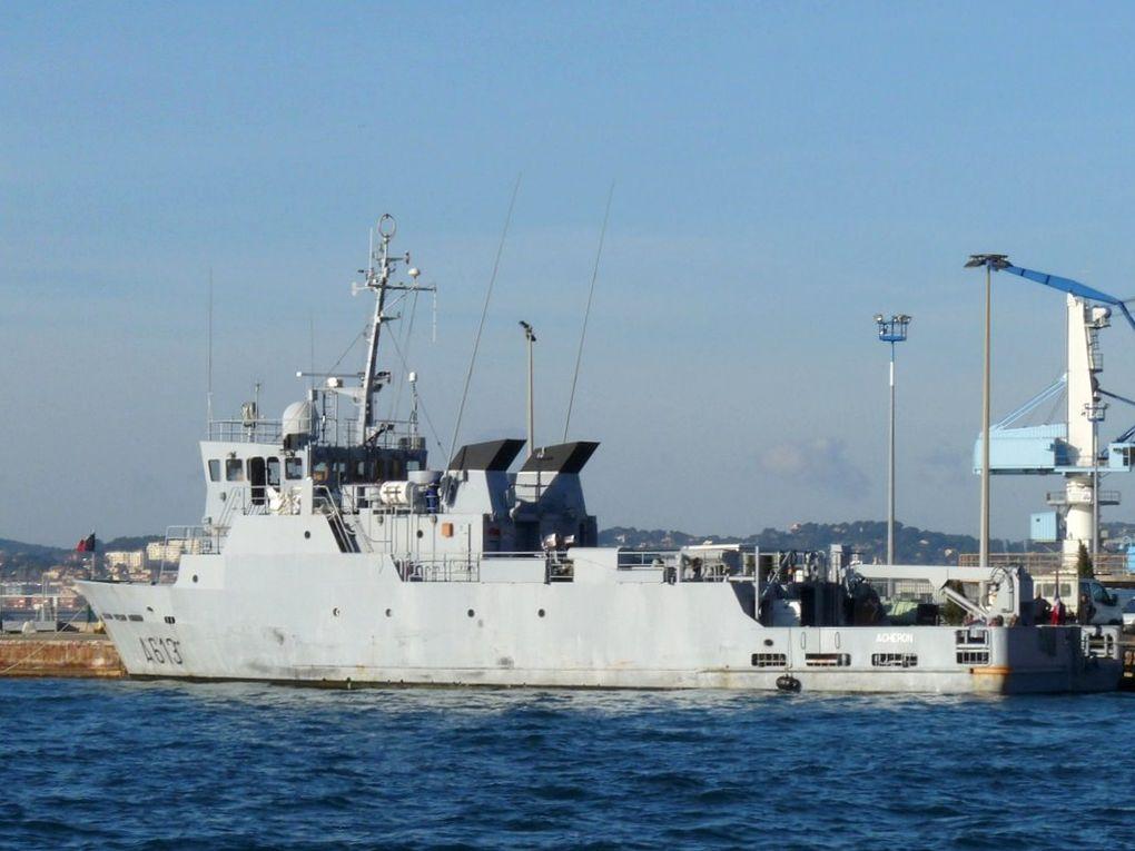 ACHERON  A613 , Batiment base des plongeurs démineurs