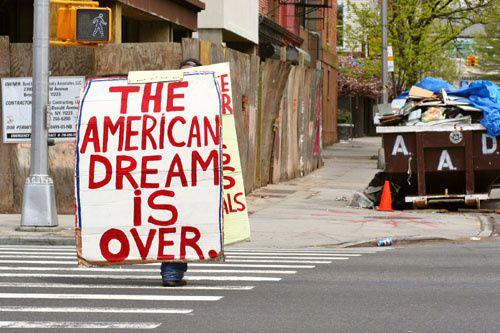 Le « cauchemar américain » : triste record de 46 millions de pauvres comptabilisés officiellement en 2010 aux États-Unis