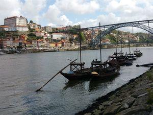 Porto: mairie, pont Maria Pia signé Eiffel, route de la plage et librairie qui inspira l'histoire d'HarryPotter