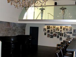 Für private, Vereins- und Firmenfeiern stehen auch im Untergeschoss außergewöhnliche Räume zur Verfügung.