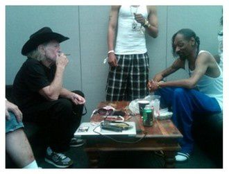 Snoop Dogg & Willie Nelson pour le beuz !