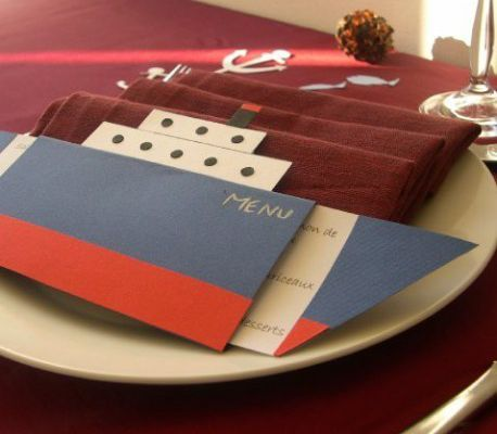Décoration de mariage sur le thème de la mer : menu paquebot