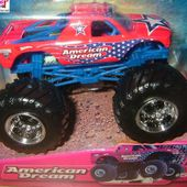 AMERICAN DREAM MONSTER JAM BIG FOOT HOT WHEELS -