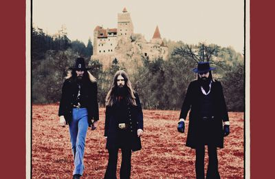 "Chronique de l'album de KADAVAR For The Dead Travel Fast : ""Un immense album !"""