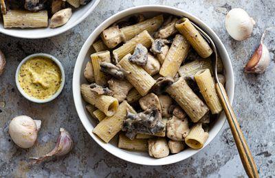 Pâtes crémeuses au poulet et champignons
