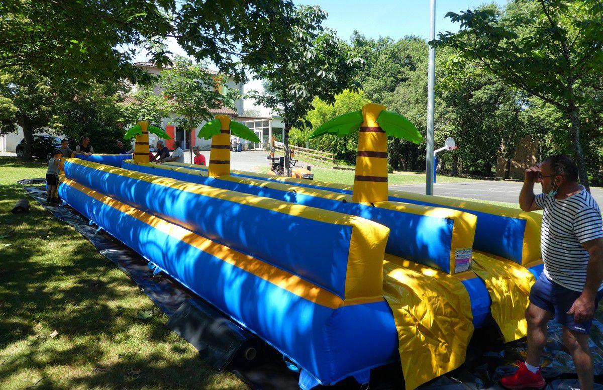Le Super Pentagliss aquatique de 18 mètres de long accessible cet été !
