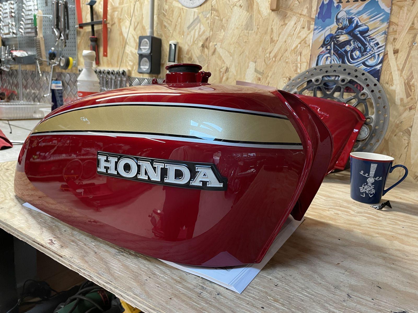 HONDA CB 750 K4 A RESTAURER