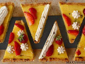 Tarte à la Crème de Tangor (Orange) et  Vanille Bleue, déco fraises