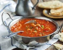 Soupe de pois chiche et tomates