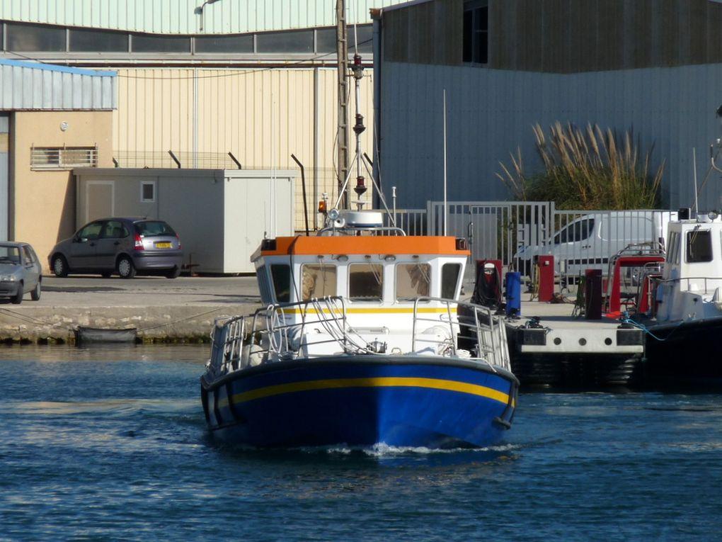 ESCANDAIL , vedette hydrographique et océanographique à port de bouc /fos sur mer