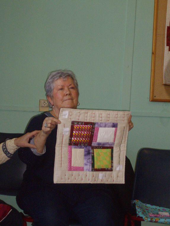 ouvrages de patchwork ,club des filles d'Henriette, ville de Narbonne, quilting bee, repas et rencontres, quilts,broderies,trobinoscope des copines de fils