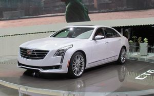 Cadillac CT6 se décline maintenant en Plug-In Hybrid!