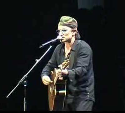 Bono -Palau Sant Jordi - Barcelone - Espagne -30/06/2001