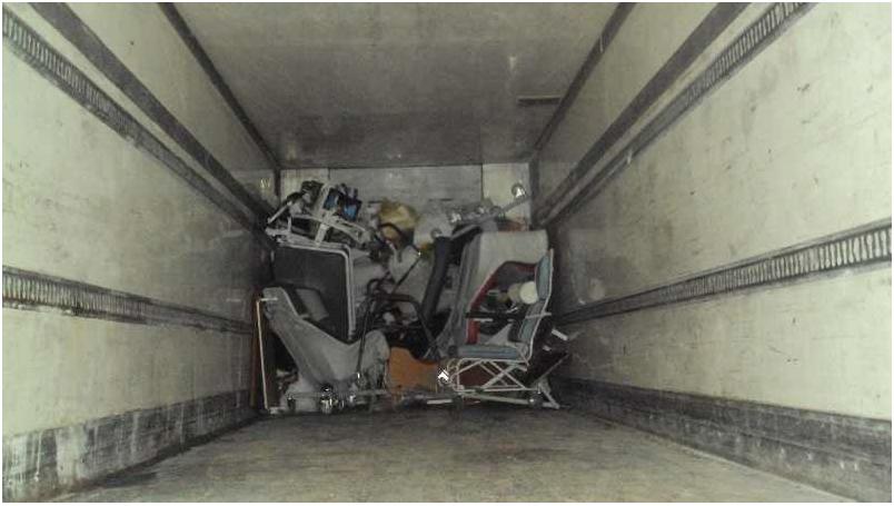 Le contenu du 40ft container chargé le 6 février , livré dans 2 camions , à Gabès