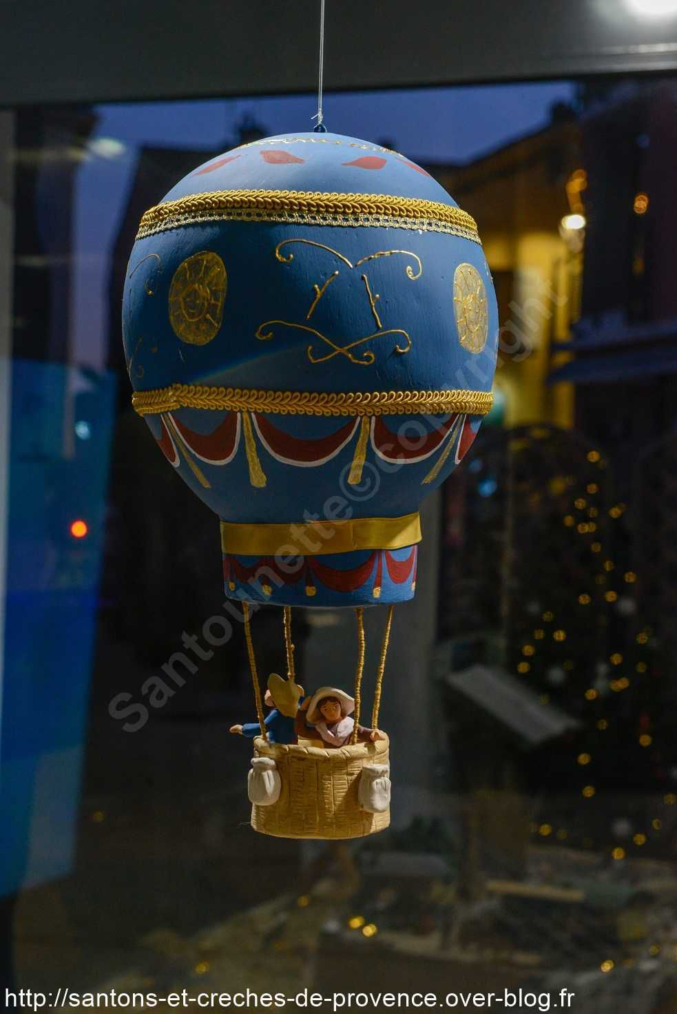 La montgolfière, un clin d'œil à Saint Exupéry