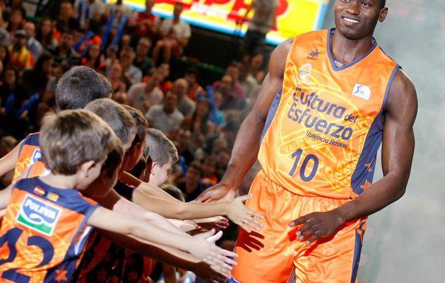 Liga Endesa: Valence sans pitié face au Cajasol Séville