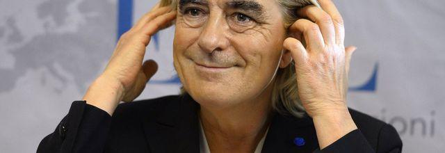 Mme Le Pen psittacise