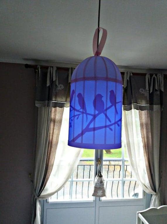 Ma suspension cage à oiseaux R&M Coudert