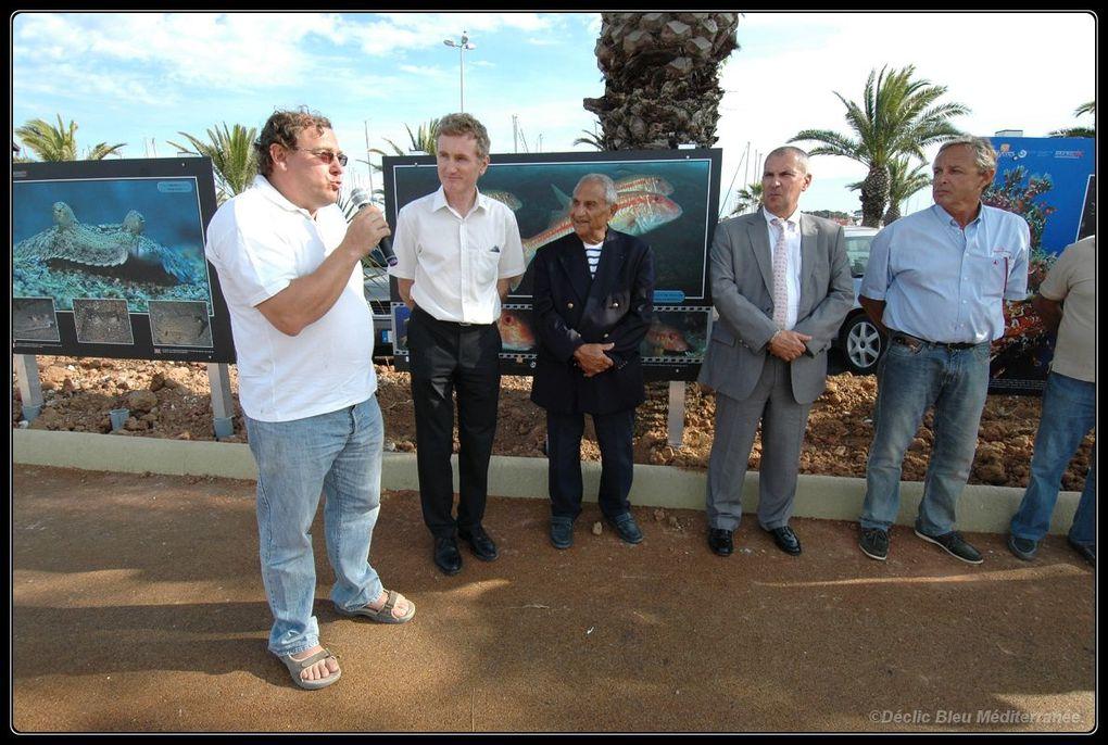 Inauguration de l'exposition sur le port de Hyères en présence du maire M. Politi et de M. Albert Falco.