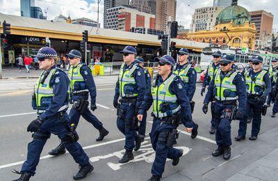 """Les Australiens sont choqués après que le responsable de la santé de la Nouvelle-Galles du Sud ait déclaré que l'après-confinement de Sydney serait un """"nouvel ordre mondial"""" (RT)"""
