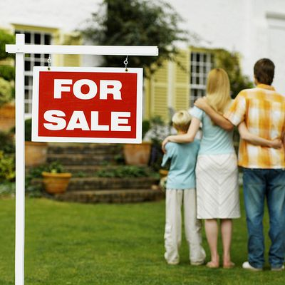 Your Guide to Buy or Sell a Property in the UK Real Estate Market