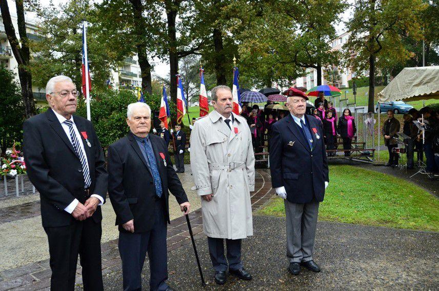 Les 4 Croix dans l'Ordre de la Légion d'Honneur...