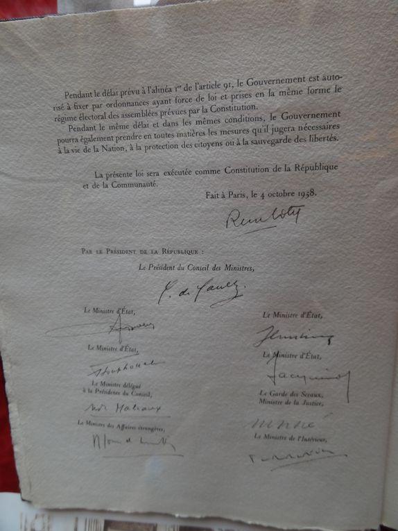 Visite commentée du Sénat par Michel Berson Sénateur le 5 octobre 2013.