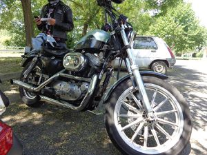Harley Davidson 883 carbu : Balade vers Sisteron et les gorges de la Méouge. 15 août 2014