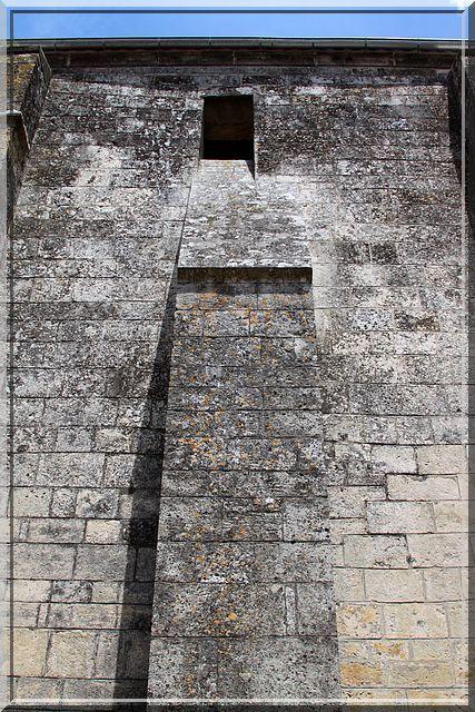 Diaporama église fortifiée de Mérignac