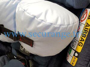 AxissFix avec Technologie Air Safety de Bébé Confort : un siège auto avec airbag jusqu'à 55 % plus sûr