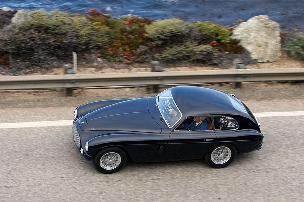 VOITURES DE LEGENDE (513) : FERRARI 212 EXPORT  TOURING BERLINETTA - 1951