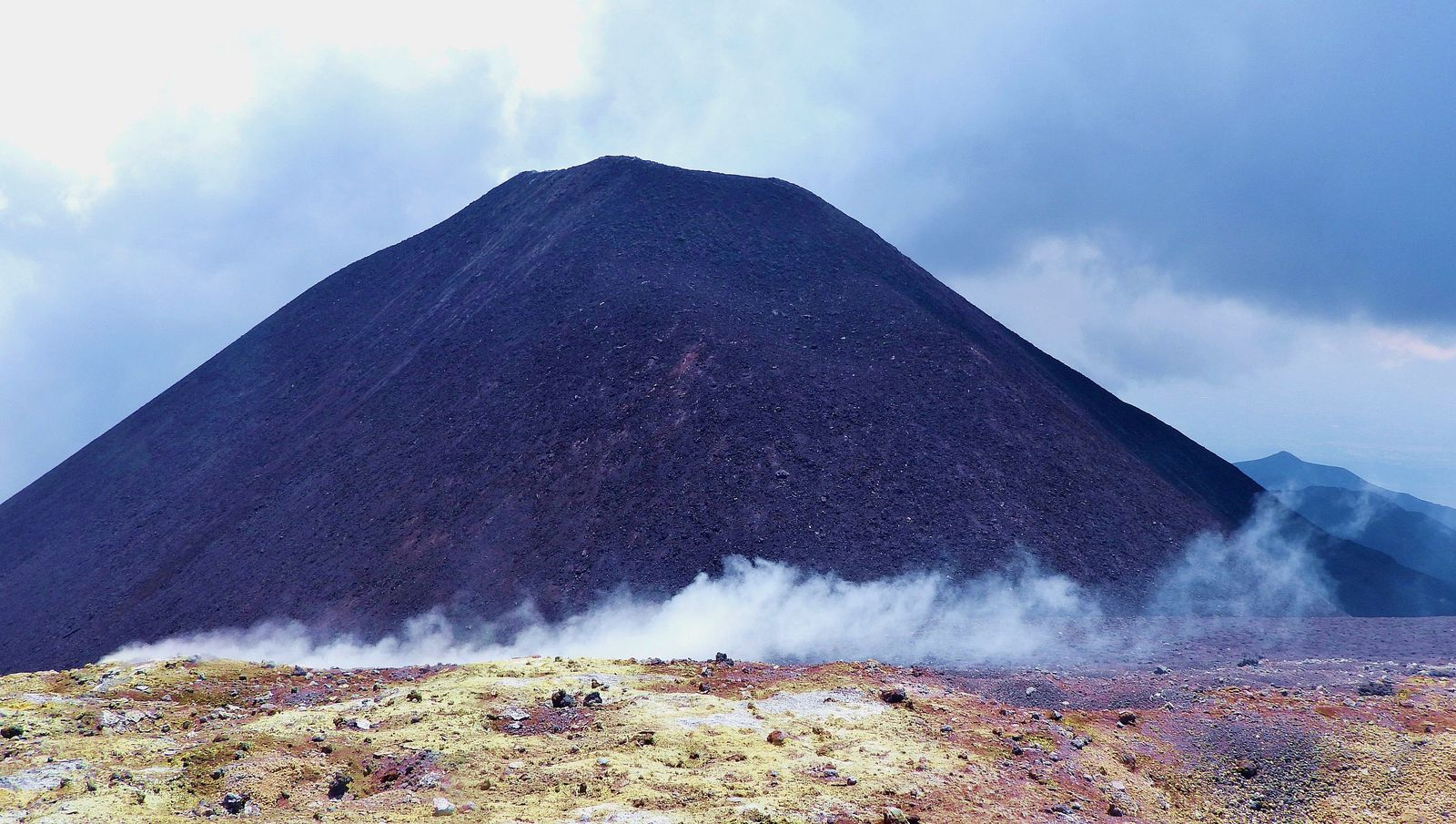 Etna - the south-eastern cone, the new summit of the volcano - photo by Boris Behncke on 07.22.2021 during a field visit
