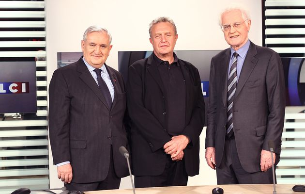 "Lionel Jospin et Jean-Pierre Raffarin ""éditorialistes"" sur LCI"