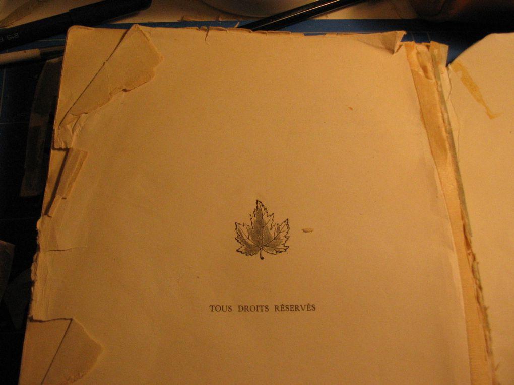 Cet ouvrage des années trente était en très mauvais état. Nous avons choisi de le restaurer feuillet par feuillet avant de lui offrir une reliure demi-cuir à nerfs.