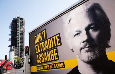 Tara Reade : Le traitement honteux d'Assange montre comment les États-Unis exploitent la peur pour faire taire les dissidents... comme je l'ai aussi découvert (RT)
