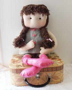 Une poupée de chiffon pour un petit cadeau gratuit