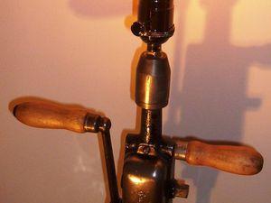 """"""" LA CHIGNOLE """" - Lampe d'ambiance factory - 105 euros"""