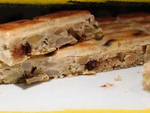 Gâteau aux flocons d'avoine, pomme, poire et chocolat