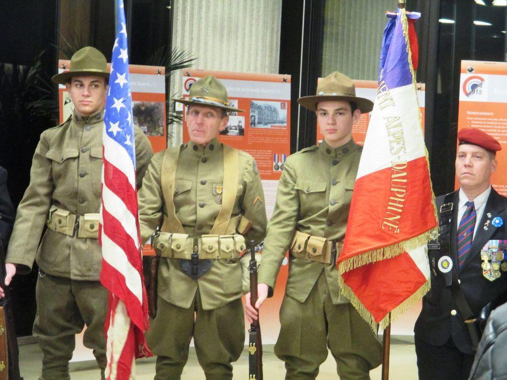 """Inauguration de l'exposition """"Le Service de santé dans  la Grande Guerre"""", à l'Hôtel du Département."""