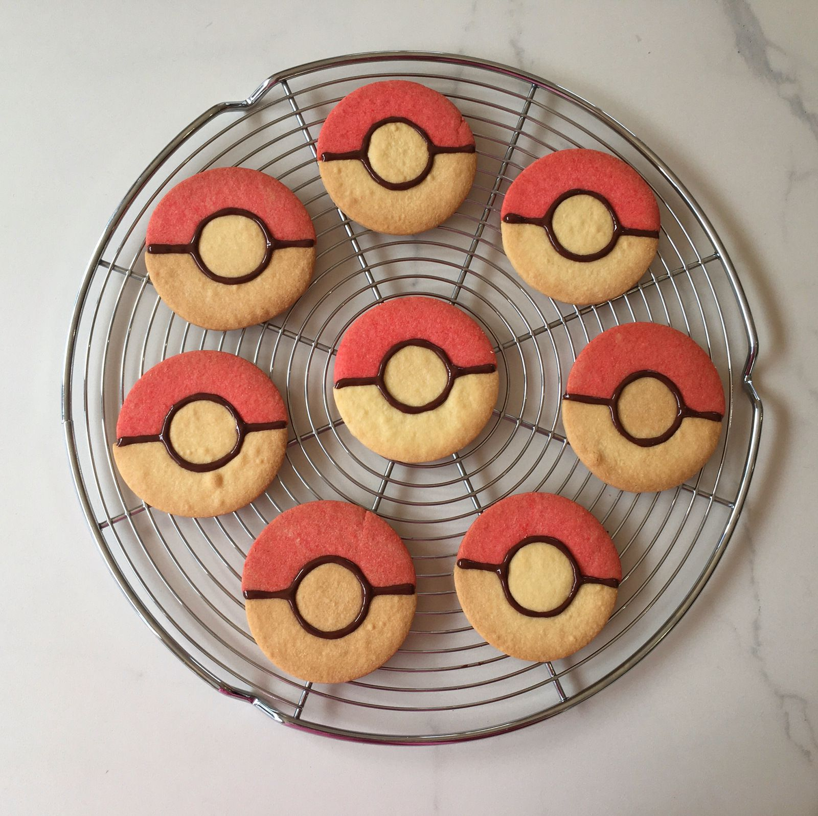 Les biscuits Pokeball