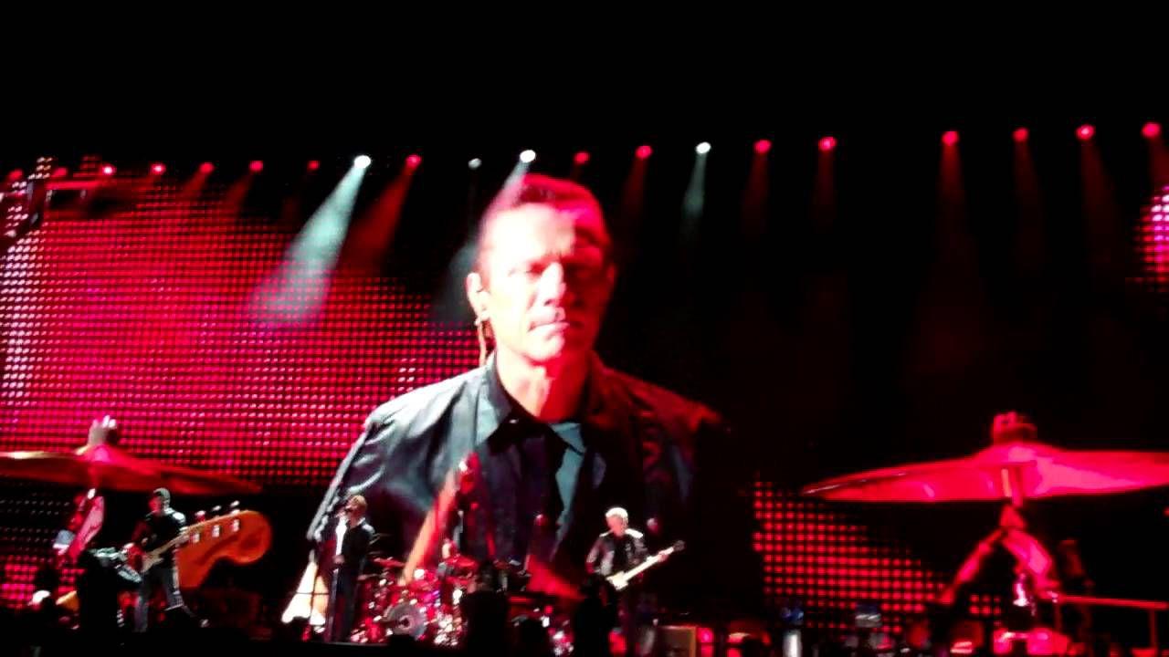 U2 est l'attraction principale de l'événement Dreamforce 2016, qui a lieu les 4 et 7 octobre 2016 dans divers endroits de San Francisco.