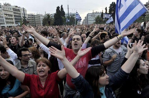 La secrétaire-générale du KKE Aleka Papariga sur le mouvement des «indignés» grecs: «Une lutte populaire organisée est nécessaire»