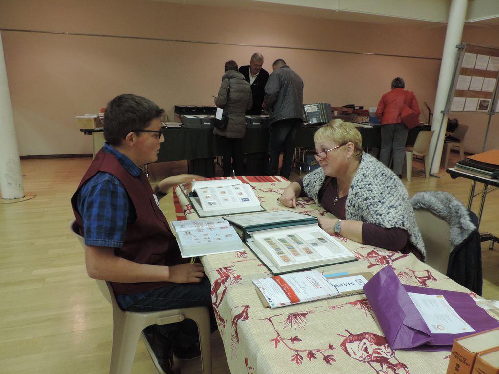 Les nombreuses activités lors du 27e SALON des collectionneurs qui s'est tenu le 9 novembre 2014 à Faverges (Haute-Savoie)