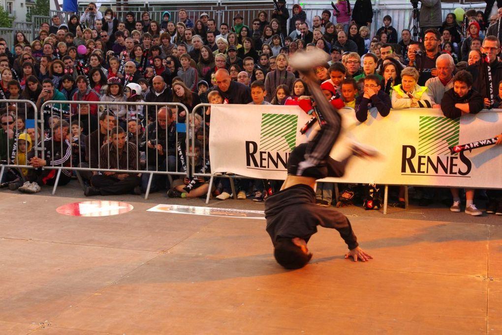 Pendant 2 jours, le 12 et 13 Mai, Rennes à été la capitale du Roller. En Plein centre Ville de Rennnes, sur L' esplanade Charles de Gaulle. Le parrain de cette 30ème Edition étant Taïg Khris