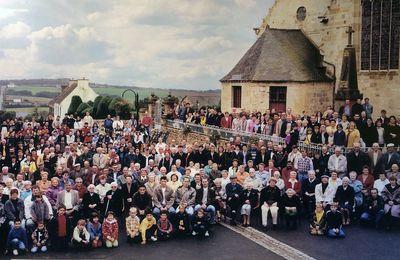 L'association WAR HENTCHOU IRVILHAG met en vente une réédition de la photo de l'an 2000.
