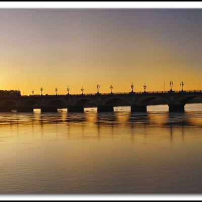 Balade bordelaise : Bordeaux petit matin HDR tour