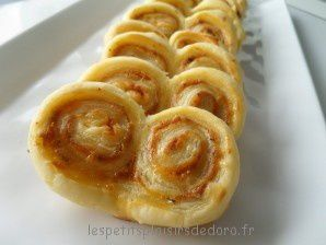 PALMIERS TOMATES SECHEES FROMAGE GREC